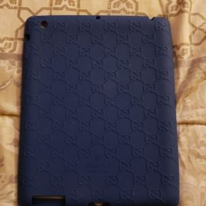 Gucci rubber ipad 2 case